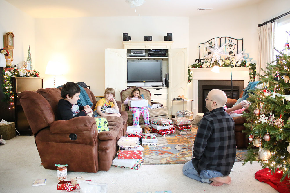 Larkindesign | Christmas Morning Photos! A new photography mini-class for you!!!